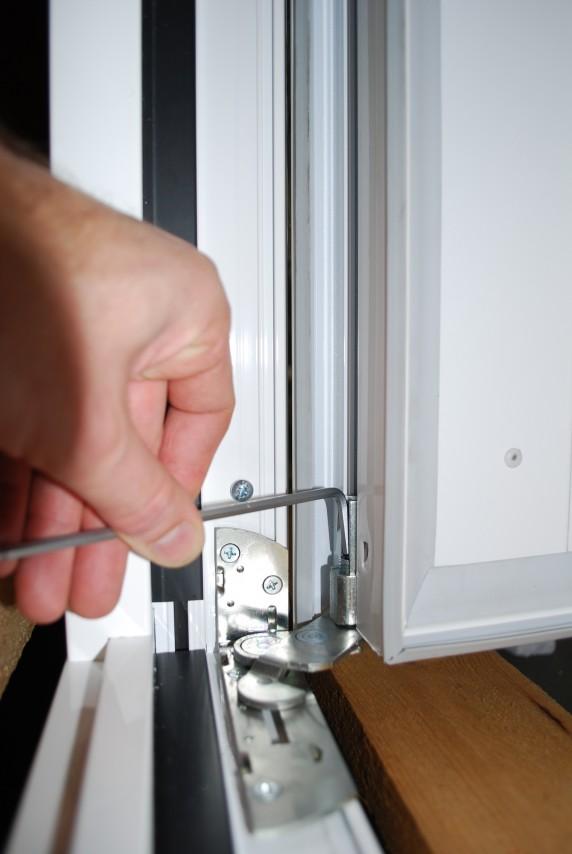 Reglage 3D des paumelles du portillon