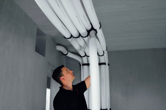 Zehnder-CSY-ComfoFix-Link-Rohrhalter-Ceiling-installer_Print_51086